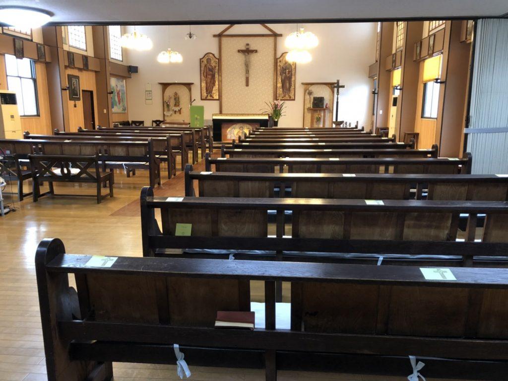 椅子再配置後の会衆席